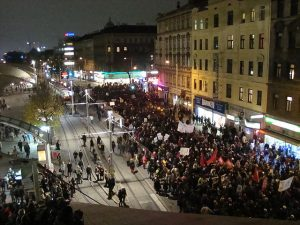 Überblick #unibrennt-Demo am 05.11.2009 - CC-BA-SA 2.0 Nick Wolf