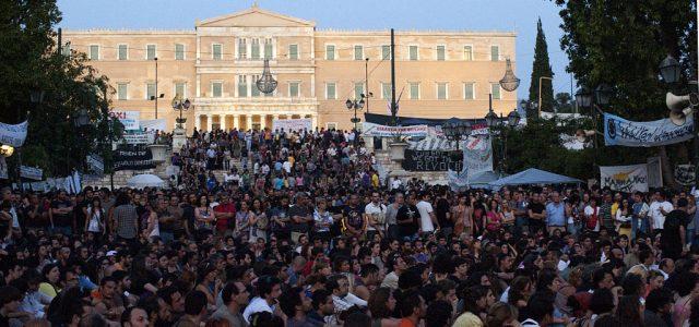 Die griechische Regierung geht davon aus, dass die Wirtschaftsleistung des Landes heuer um 2,7 Prozent steigen wird. Auch wenn dies möglicherweise eintritt, die Lage der arbeitenden Bevölkerung ist trist.