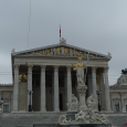 Die Nationalratswahlen am 15. Oktober markieren eine Zeitenwende für die österreichische Kapitalist*innenklasse auf der einen Seite und die Arbeiter*innenklasse auf der anderen. Wenn die aktuellen Wahlumfragen auch nur ungefähr stimmen, […]
