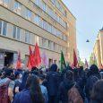 In den vergangenen Wochen wurden immer wieder feministische Kundgebungen, die von kurdischen Frauenorganisationen mitorganisiert wurden, von Faschist*innen angegriffen. Mittwoch den 24. Juli eskalierte die Situation in Wien Favoriten dann – […]