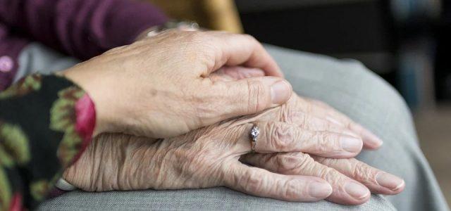 Mit der Corona-Krise sind auch die, vielfach aus Rumänien kommenden, 24-h-Betreuer*innen in die mediale Aufmerksamkeit gerückt. Die 24-h-Betreuung ist einer der Pfeiler der Langzeitpflege in Österreich, die ca. 5% der […]